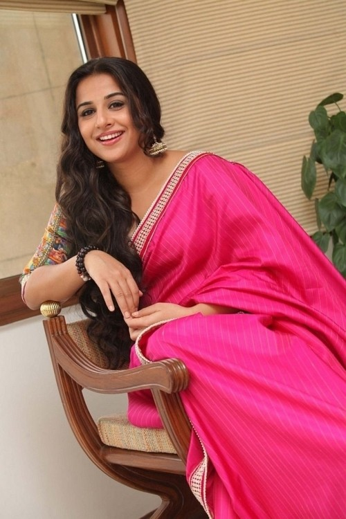 Vidya Balan Latest Photos in Pink Saree