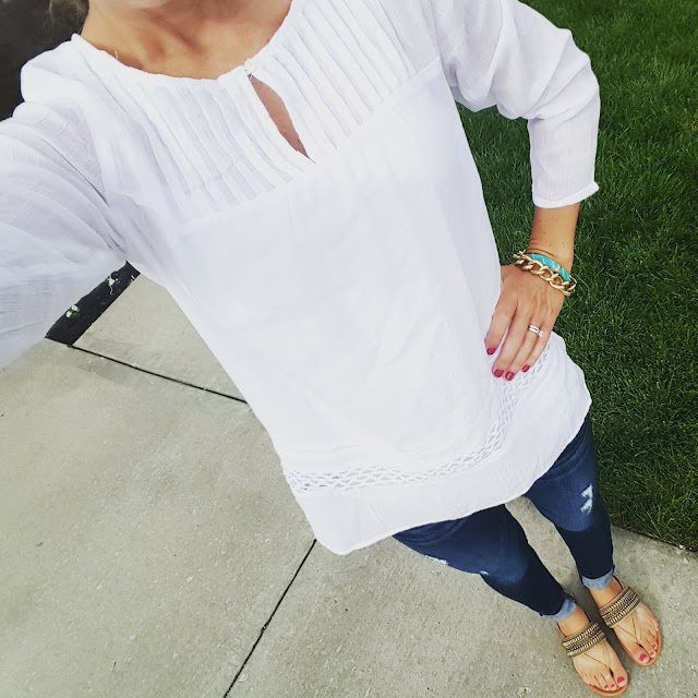 Old Navy Lace Crochet Gauze Tunic - only $18 (reg $33) // Express Distresses Legging Jeans - on sale for $48 (reg $80) // Arturo Chiang Lyra Sandals - only $37 (reg $69)