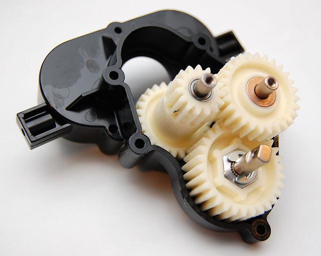 Tamiya TXT-1 transmission gears