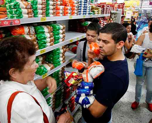 Colombia está dispuesta a abastecer a los venezolanos con previo aviso
