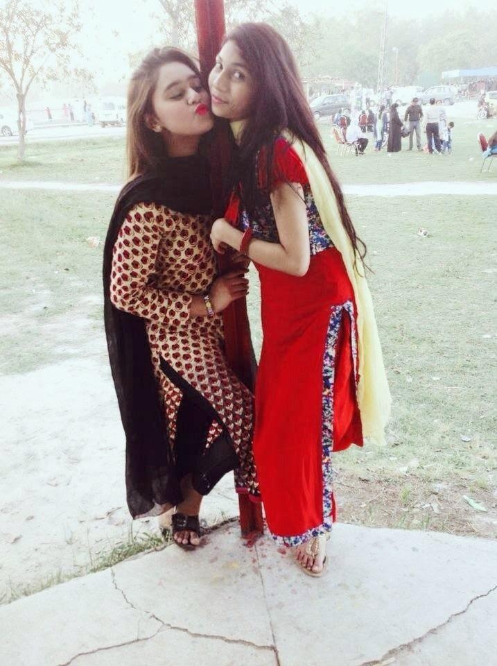 Desi Pakistani Girls Lovely Kisses HD Photos - Beautiful ...