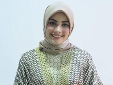 Hijab Segitiga untuk ke Pesta