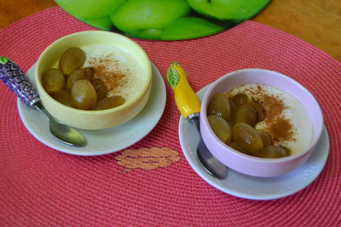Uvas al frangélico con yogurt y miel
