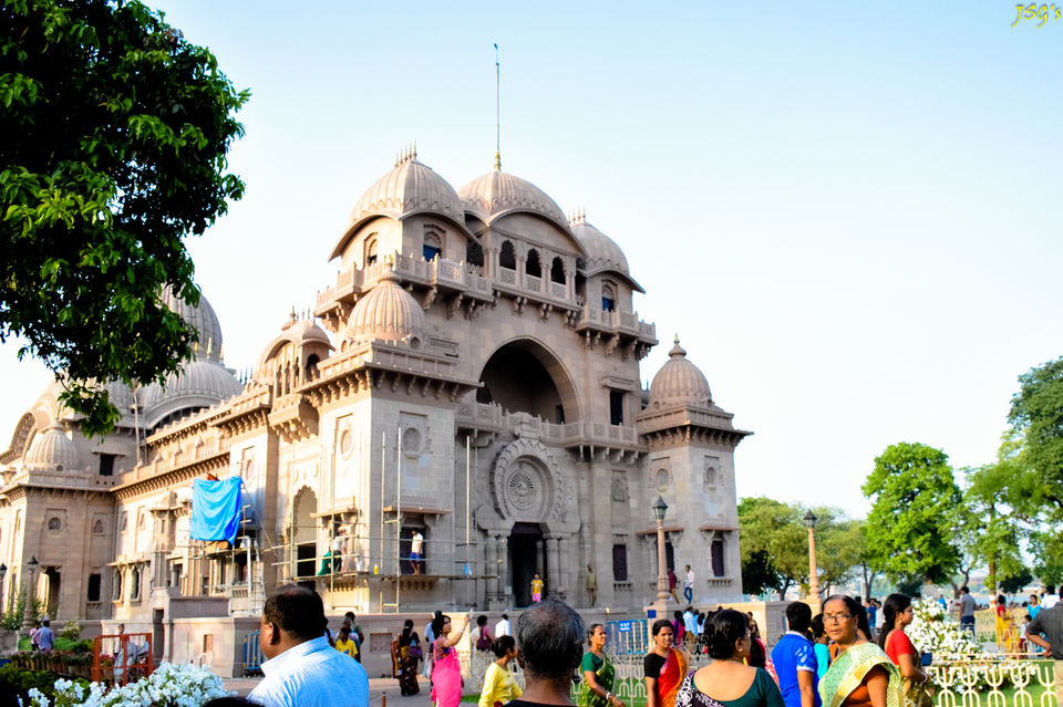 Belur Math: A true symphony in architecture @doibedouin