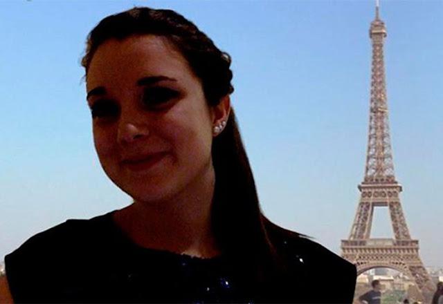Entre a sombra e o recorte ruim do braço que fica ao lado da Torre Eiffel, mostra que você não esteve realmente lá