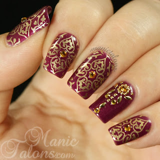 Traditional-indian-bridal-nail-art-designs-for-wedding-3
