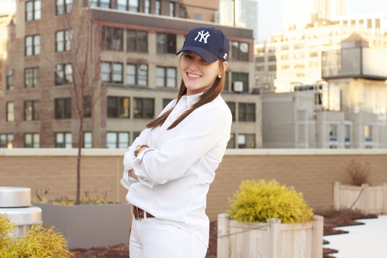 what to wear to a baseball game, fashion blogger