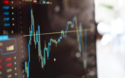 Pasar Melemah, Investor Diminta Jangan Terlalu Panik
