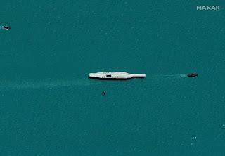 Tiruan Kapal Induk Amerika Serikat