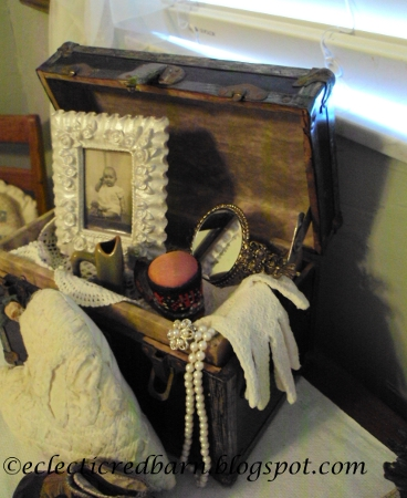Eclectic Red Barn: Vintage Doll Box with small mirror, gloves and pincushion