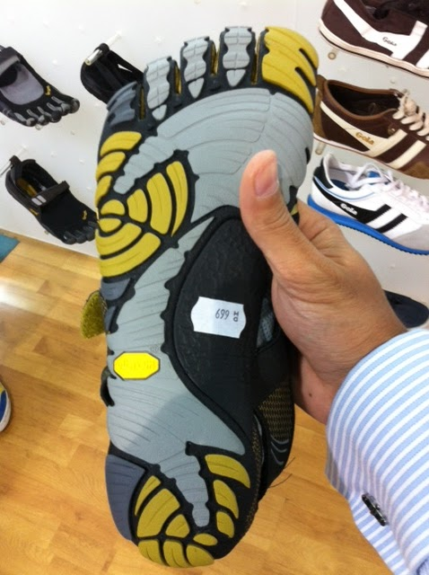 best website 6afbe 15840 This is just the start for The Athlete s Foot and Vibram. They re expecting  an order of 8,000 pairs of VFFs in the first week of February 2012 which  will ...