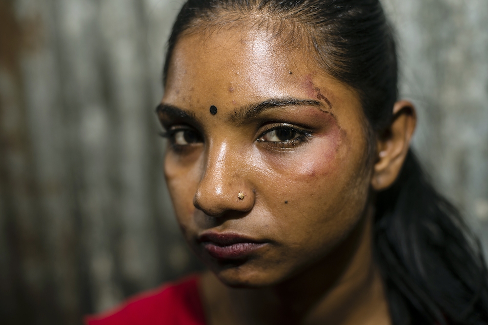 Heartbreaking Photos Reveal What Life Is Like In A Legal Bangladeshi Brothel