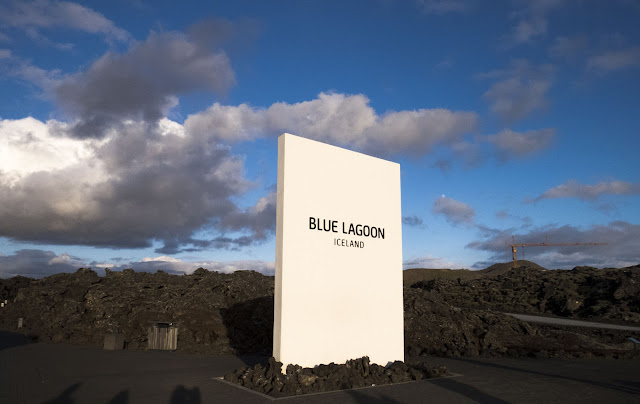 Iceland's Blue Lagoon under the Midnight Sun: entrance sign