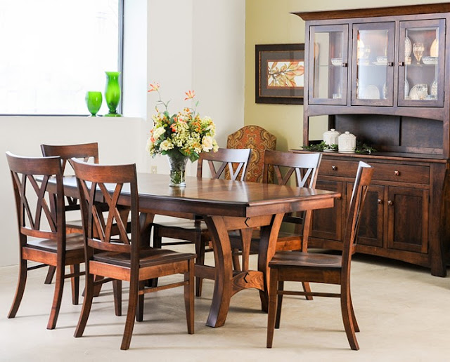 Woody Dining Room Sets
