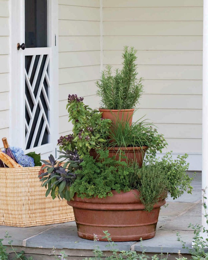 Stacked herb pots planter