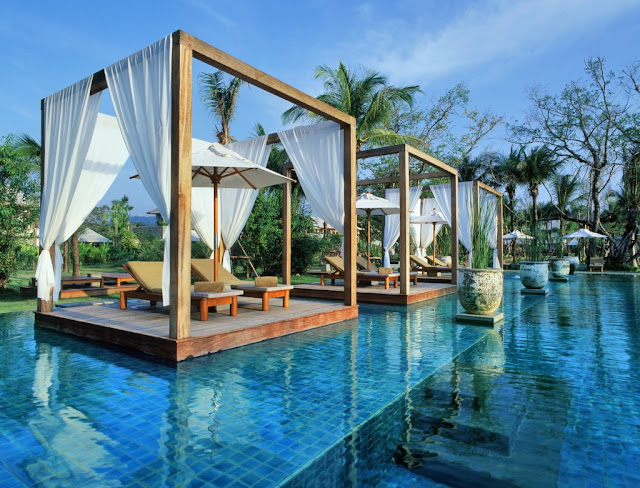 The romantic Sarojin in Khao Lak Thailand - the perfect honeymoon destination