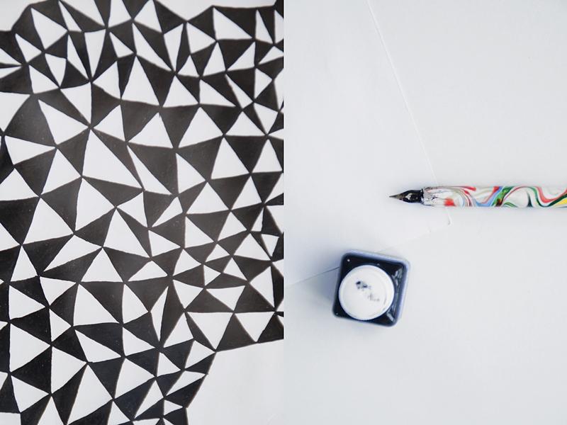 DIY geometrische Kunst: Dekoratives Bild mit Tusche in schwarz-weiß zeichnen Anleitung. Tasteboykott