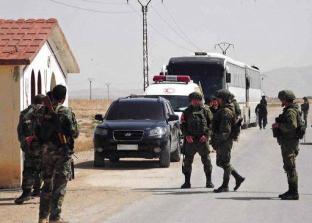 Περίπου 5.000 άνθρωποι εγκατέλειψαν τον ύστατο θύλακα του ΙΚ σε περιοχή της Συρίας
