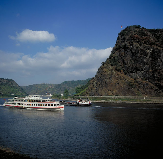 Just south of Saint Goar, the legend of the Loreley is regaled by sailors young and old. Photo: © German National Tourist Office. Unauthorized use is prohibited.