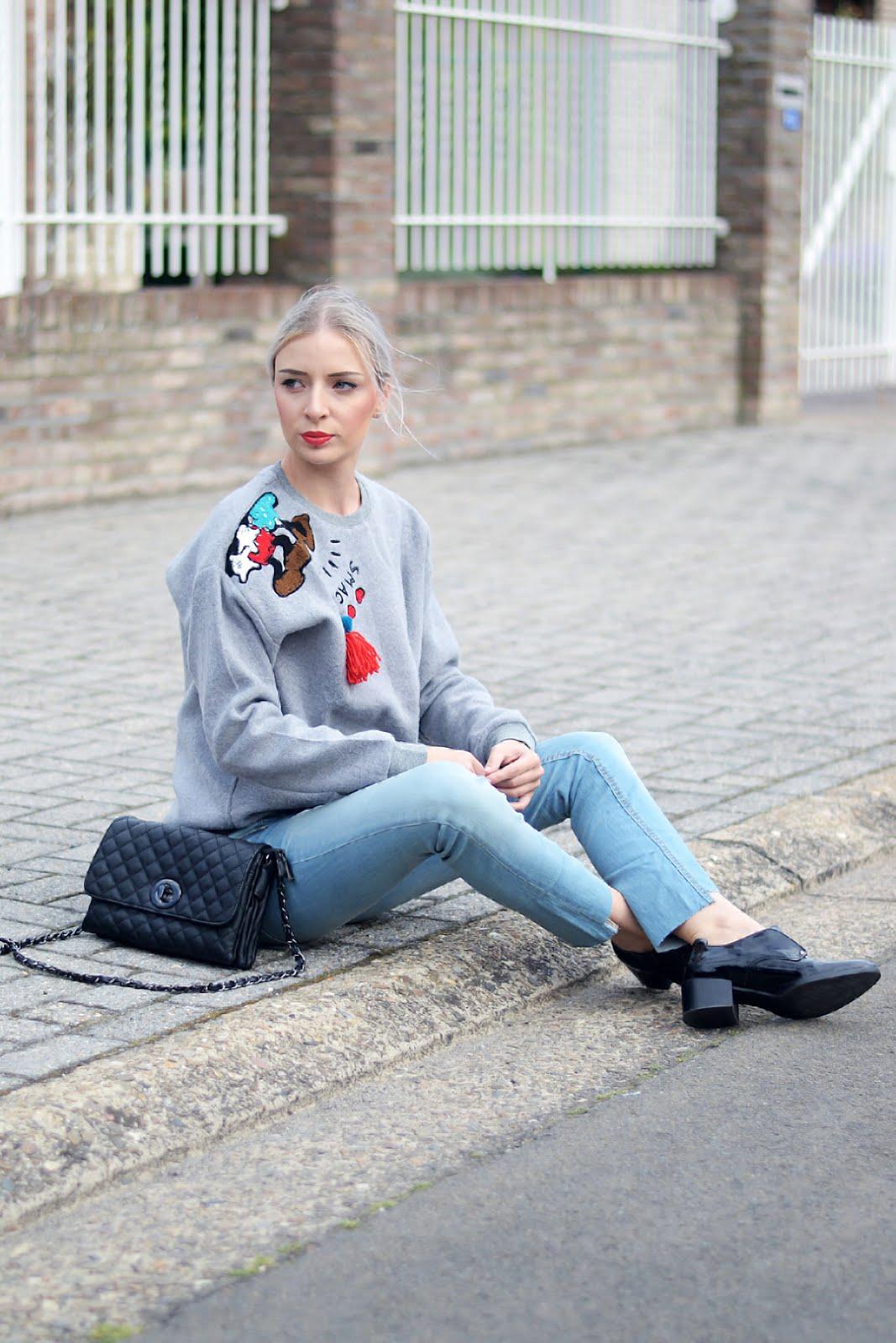 Disney sweater, beauty and bobs, marc b bag, sacha shoes, mango jeans, ootd