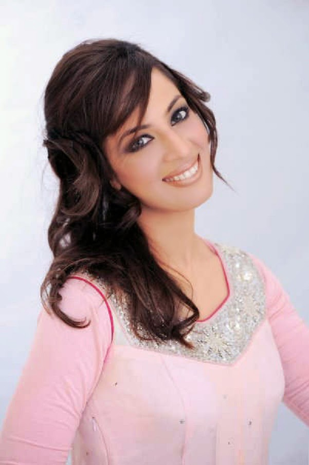 Pakistani Actress Farah Hussain Wallpapers Free