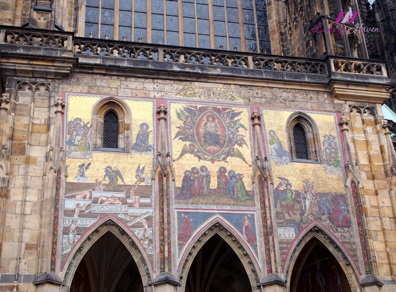 prague st vitus cathedral last judgement mosaic