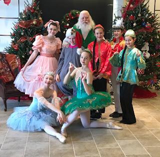 Klara, Nutcracker, Ballet, Santa, Williamsburg, Virginia, Virginia Regional Ballet