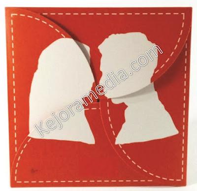 undangan pernikahan warna merah