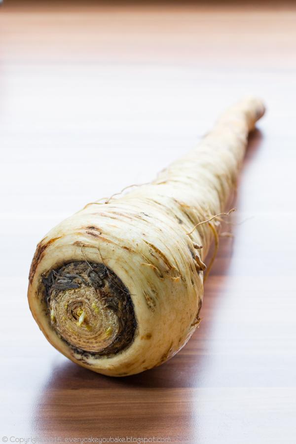 korzenne mufinki pasternakowe z kandyzowaną dynią