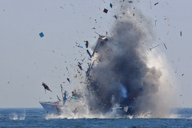 Indonesia Destroys Philippine Vessels Allegedly Caught Fishing Illegally In Their Territory!
