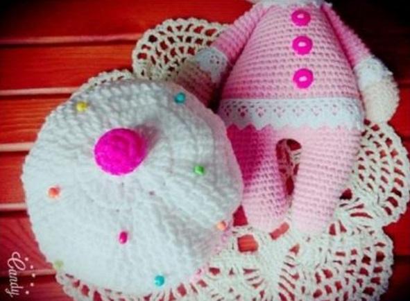 Free Crochet Patterns English : Amigurumi Cupcake Baby-Free Pattern (English Version ...