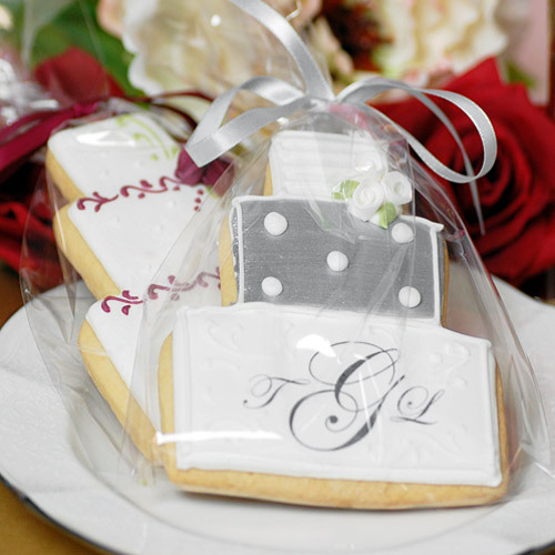 Party Favor Ideas For Wedding Reception: Personalized Wedding Cake Cookies