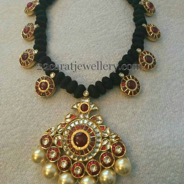 Pota ruby Clasps Black Thread Set