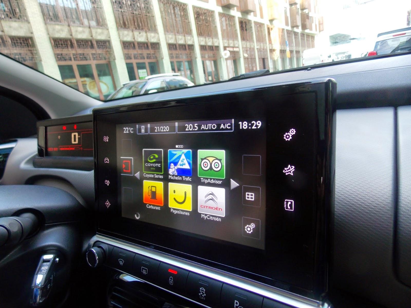 voiture communicante c4 cactus l 39 essentiel du num rique et de la connectivit. Black Bedroom Furniture Sets. Home Design Ideas