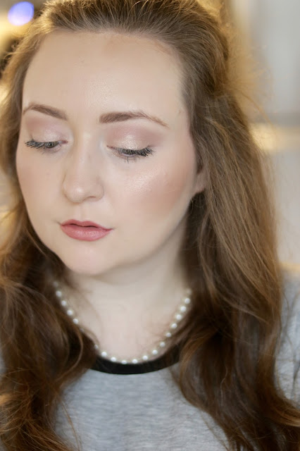 burberry rose gold highlighter review