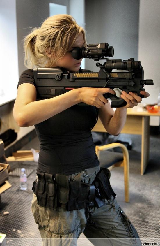 women females weapons - photo #46