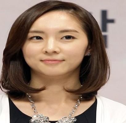 Model Rambut Panjang Ala Korea Sesuai Bentuk Wajah ...