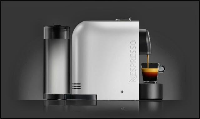 Cafetera Nespresso U blanca, vista de perfil