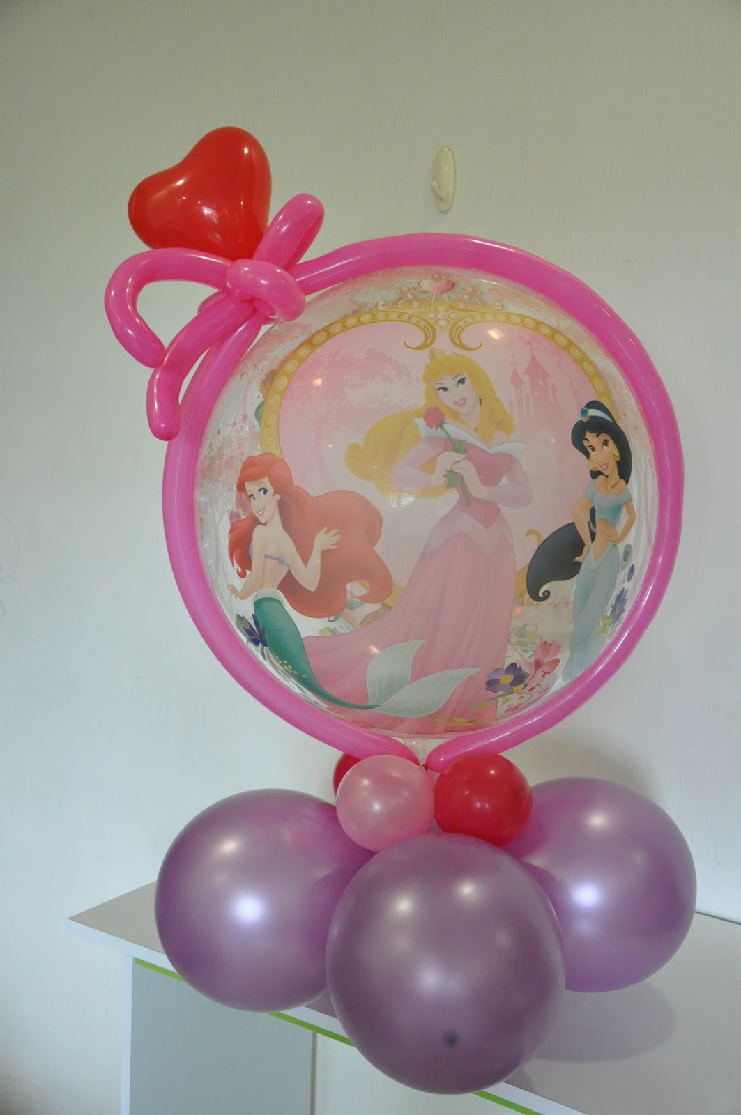 Twisty Balloons By Lisa Use Of Qualatex Bubble Balloon