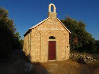 Crkvica sv. Juraj, Nerežišća, otok Brač slike