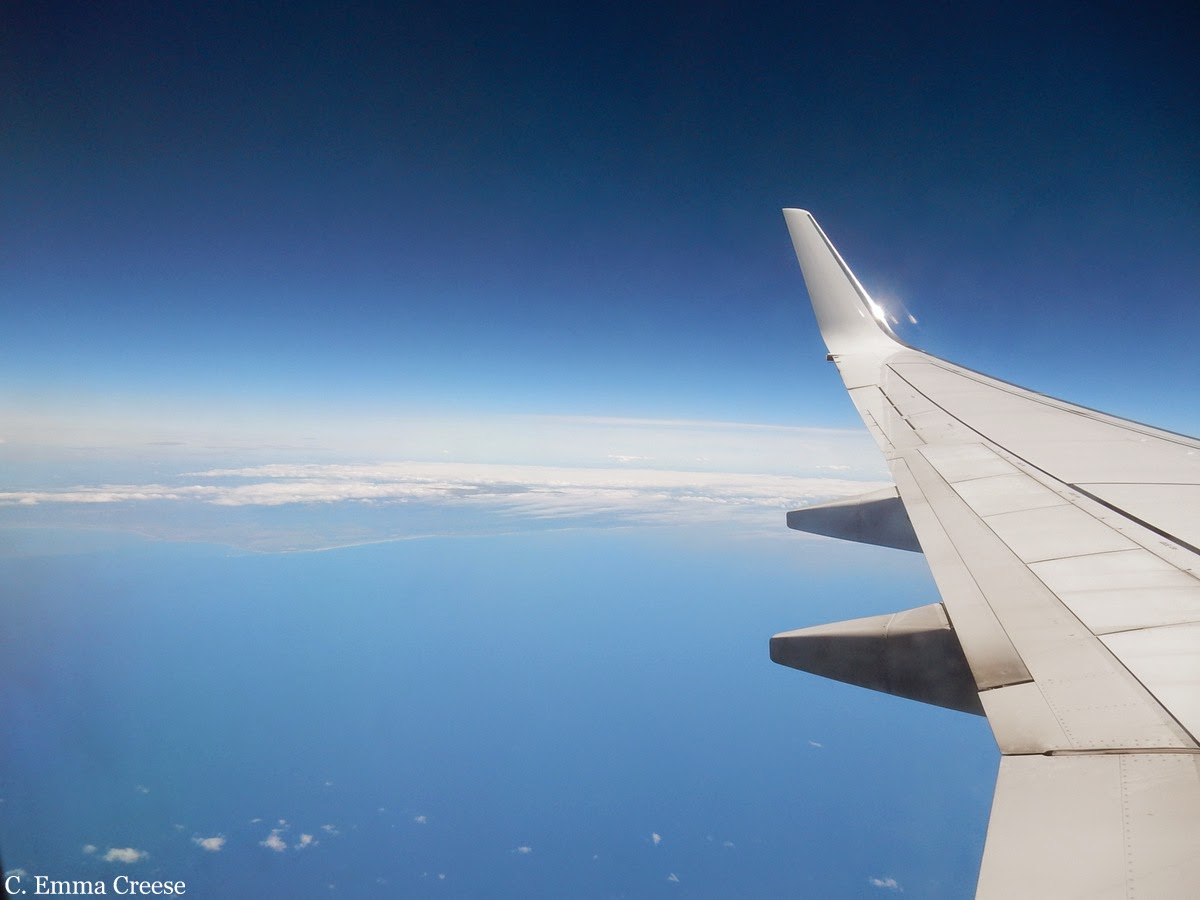 What to do on a long-haul flight - Adventures of a London Kiwi