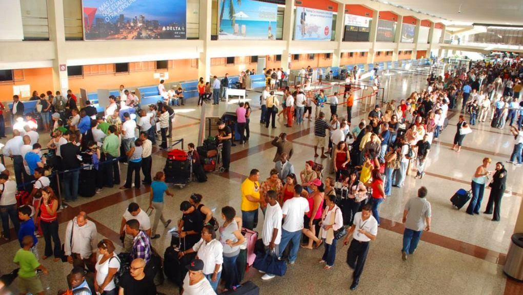 EL 29% DOMINICANOS desea emigrar de acuerdo a datos Barómetro de las  Américas 2014 de LAPOP - Alternativas Noticiosas