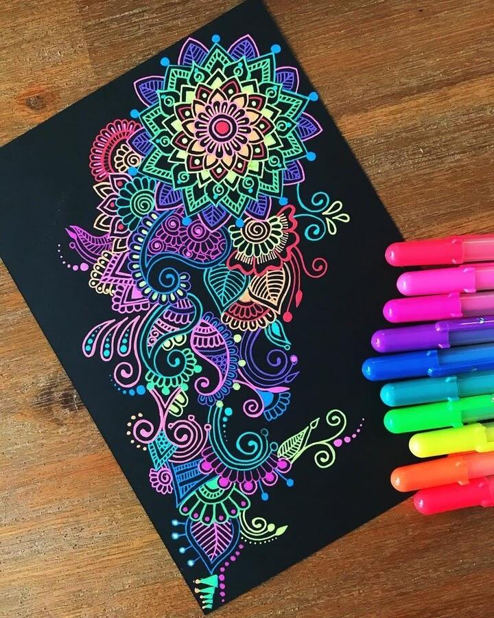 01-Mandala-and-Zentangle-Drawings-Simran-Savadia-www-designstack-co