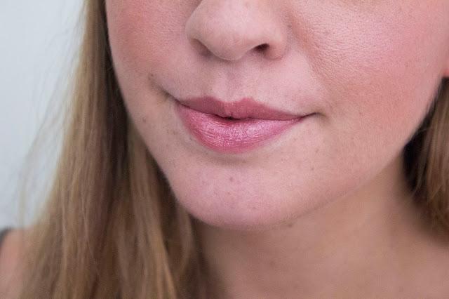 Gold Obsession L'Oréal rouges à lèvres nude gold