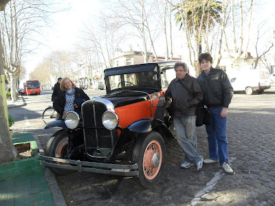 Colonia del Sacramento; Uruguai; turismo América Latina; carros antigos