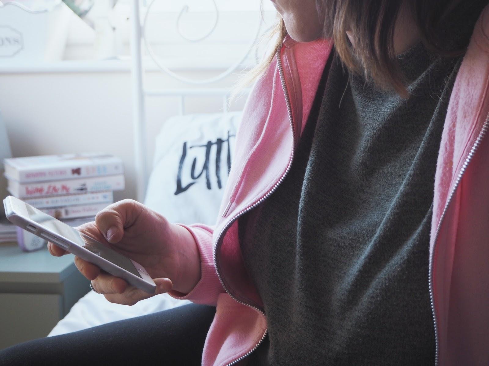 Social media vs motherhood   Love, Maisie   www.lovemaisie.com