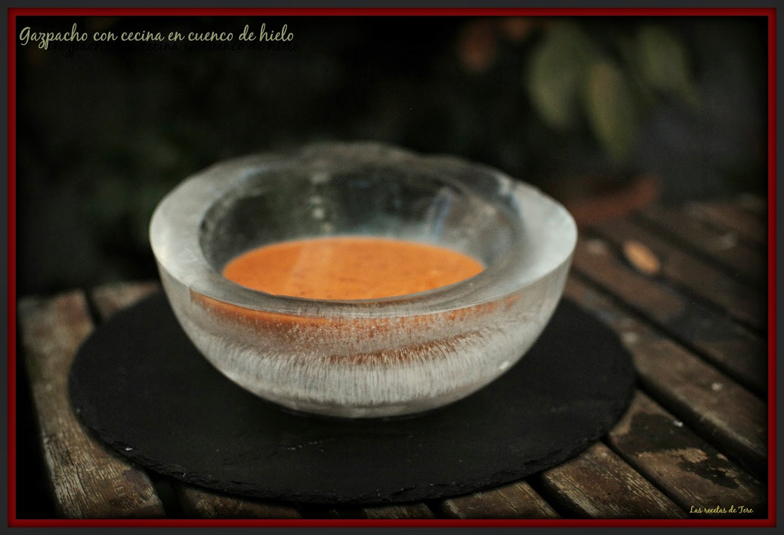 gazpacho con cecina en cuenco de hielo 01