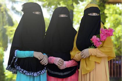 Dinikahi seorang wanita itu kerana empat perkara; hartanya, keturunannya, kecantikannya dan agamanya. Maka pilihlah hal keagamaannya, maka beruntunglah kamu