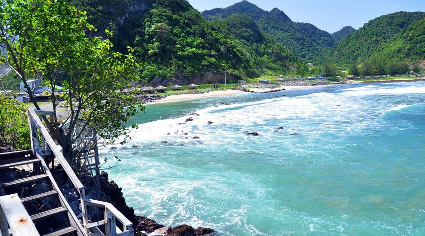 Pantai Lhoknga wisata holik indah dan wisata indonesia