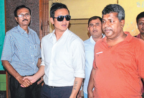 Bhaichung Bhutia seeks transfer of 'voter id' to Kolkata from Sikkim